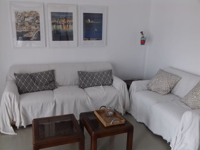 Bright & pleasant apartment veryclose to the beach