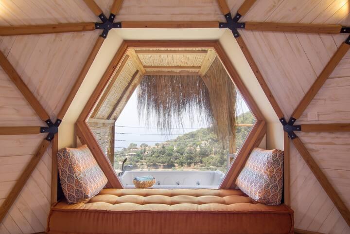 Kabak Dome No:6 Coral Suite