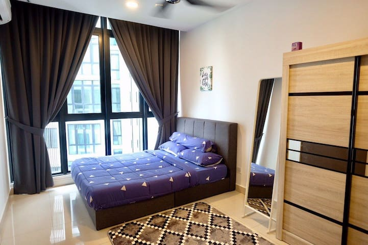 Bedroom equipped with : + 1 Queen Size Bed (With Comforter and Pillow)  + 1 Bathroom with water heater   + 2 clean towels