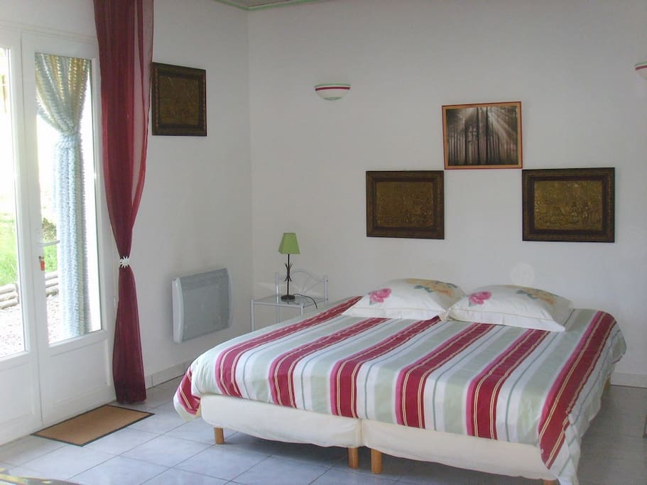 Chambres parc r gional ht languedoc chambres d 39 h tes - Chambres d hotes languedoc roussillon ...