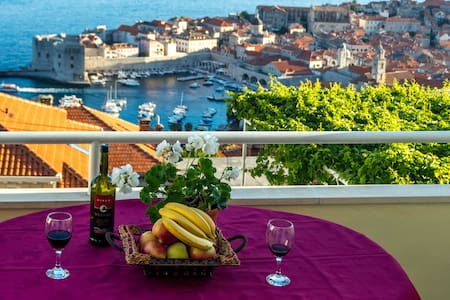 "Bedroom""B"" with a sea view Old town - Dubrovnik - Bed & Breakfast"