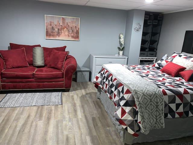 Rockford & Belvidere Cheap,  Private & Comfy
