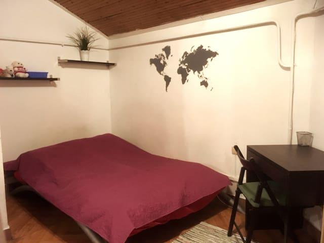 (1) Уютная студия для гостей