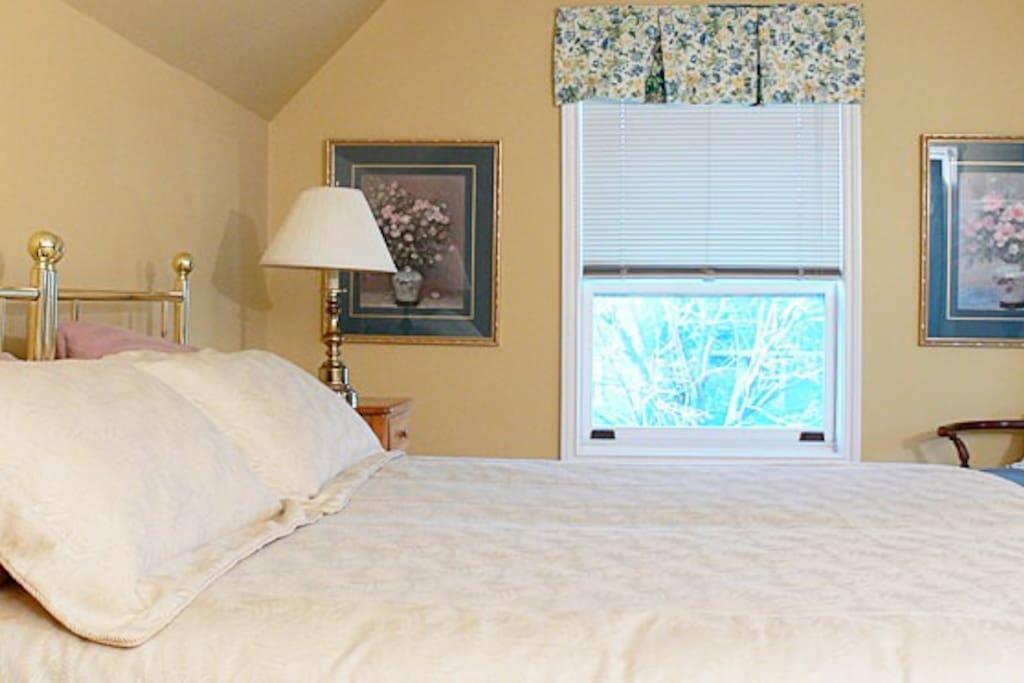 Ocean bedroom king bed