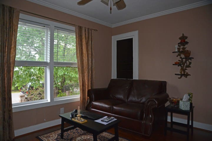Cozy (stand alone) 1 bedroom apt. - Houston - Lägenhet