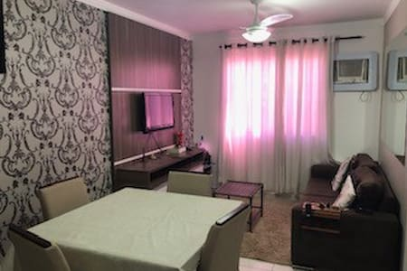 Apartamento impecável e com ótima localização