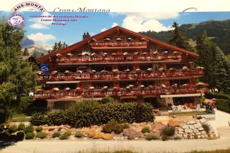 Crans 3 BR Centrally Located Chalet - Chermignon