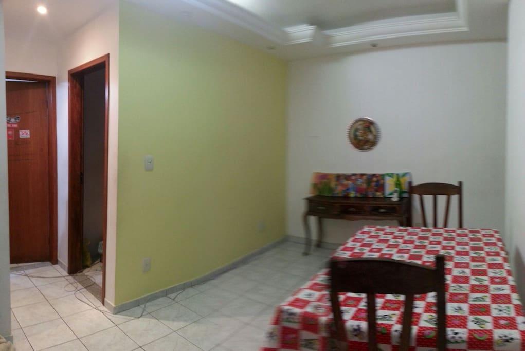 ampla sala.