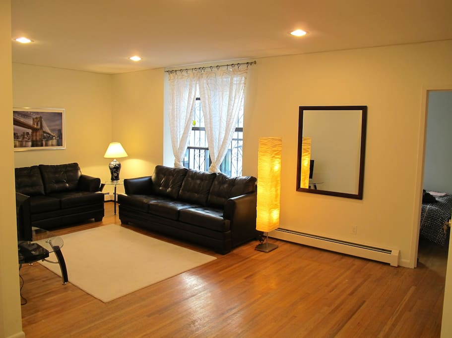 Spacious 3 Bedroom Apt In Brooklyn Apartments For Rent In Brooklyn New York United States
