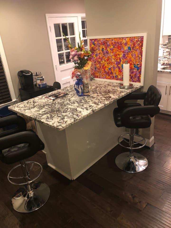 Homey and convenient modern Duplex