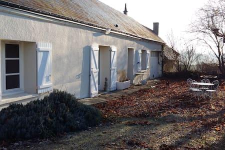 Chambre dans maison de campagne - Saint-Martin-le-Beau