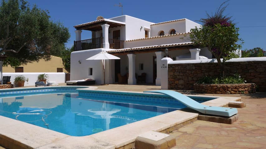VILLA CAN GAT CASA RURAL IBIZA