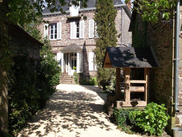 Domaine de la Sévinais - Retiers - Bed & Breakfast
