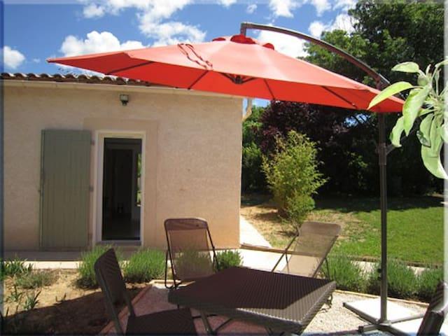 Studio meublé terrasse piscine  - Rians - Apartament