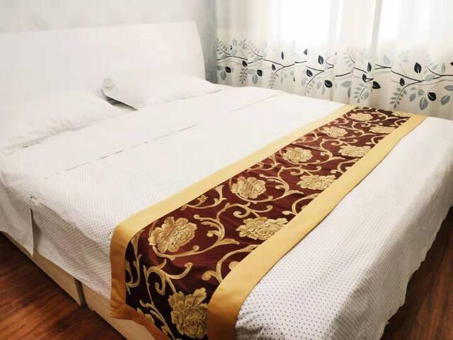 大床房空调,电视,无线网络覆盖