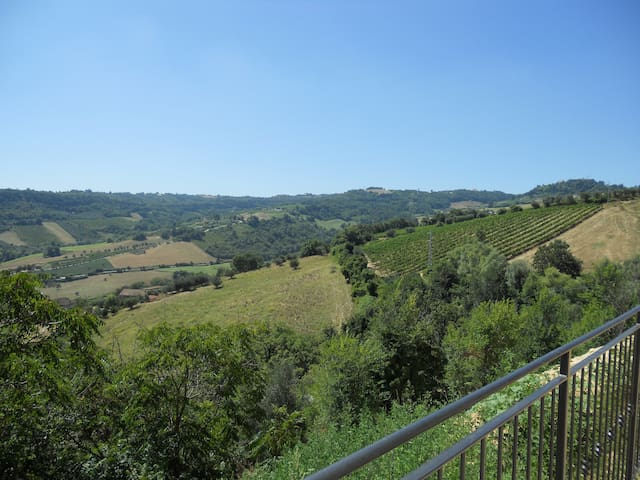 Le Marche - Country House, Seaview - Ripatransone - Huis