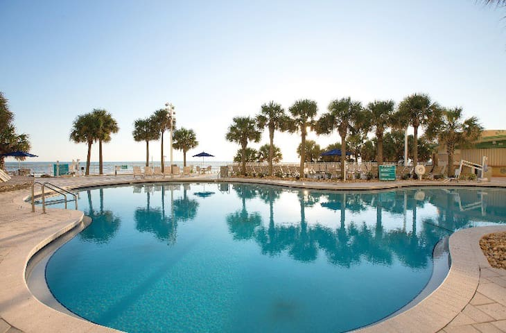 $90/Night STEAL: Wyndham Ocean Walk - 2BR