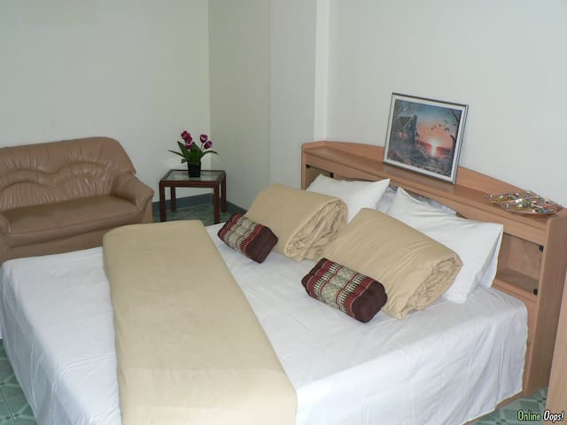 Eco room near Suvarnabhumi Airport