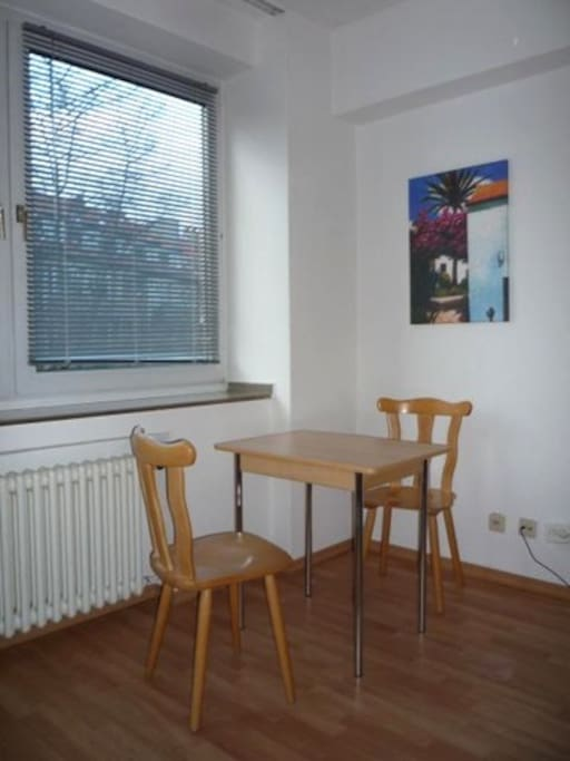 33 sqm apartment in d sseldorf apartments for rent in dusseldorf north rhine westphalia germany. Black Bedroom Furniture Sets. Home Design Ideas
