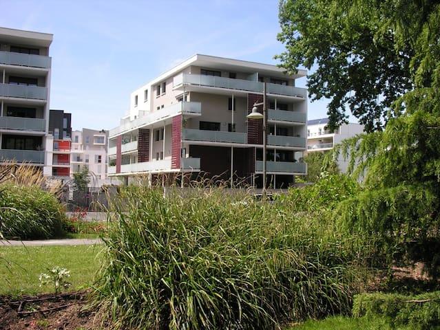3 pièces lumineux avec parking - Joué-lès-Tours - Apartamento