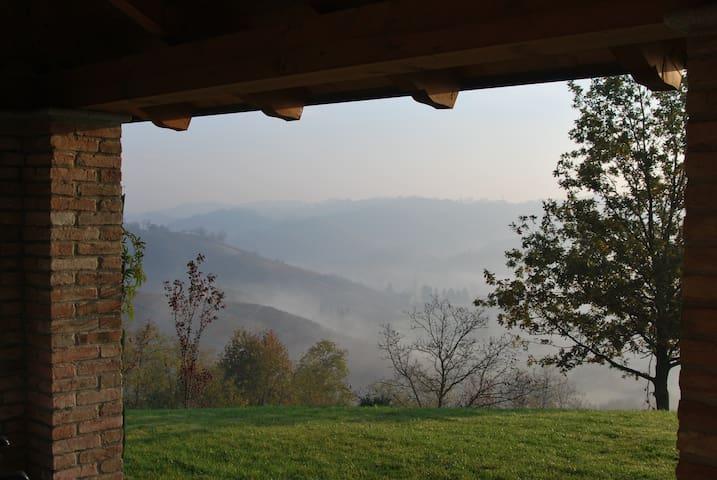 Villa in posizione mozzafiato - Mombercelli - Villa