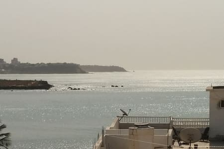 Charming ocean-view apartment - Dakar