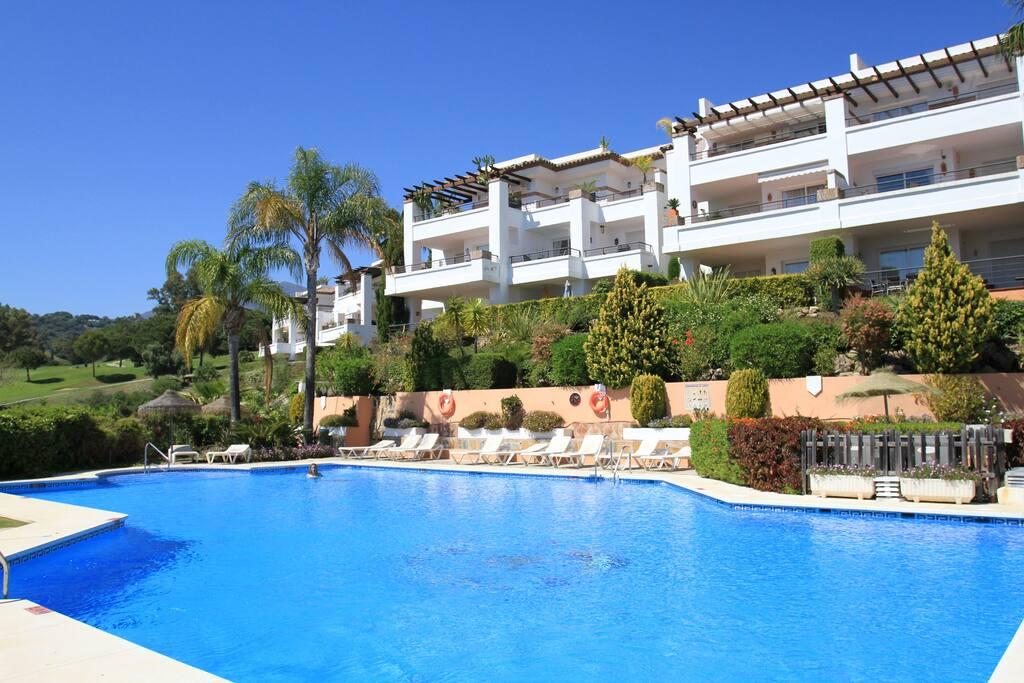 résidence avec piscine chauffée