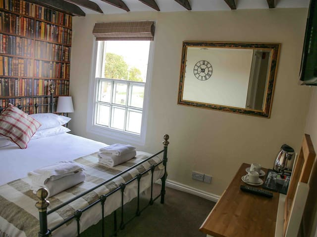 Double Room - Hippogriff