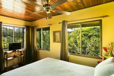 Hideaway Perfect For Couples - Manuel Antonio - Apartment