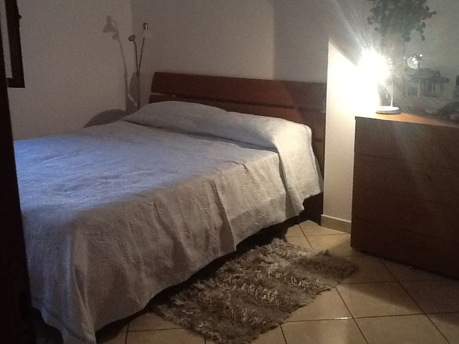 King size bed in large Airconditioned bedroom with wardrobe drawers etc.