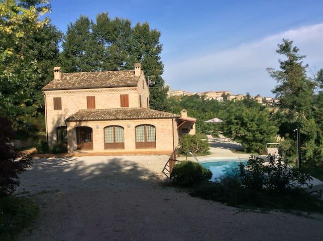 Villa Santa Maria - Montegiorgio - Villa
