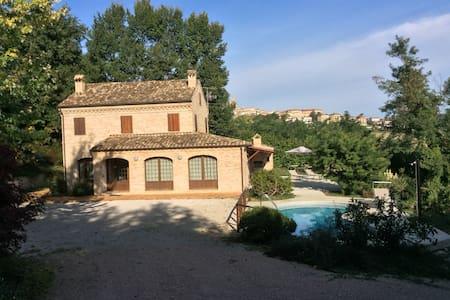 Villa Santa Maria - Montegiorgio