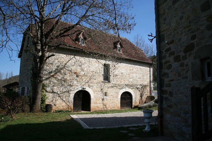 grand gite - Balaguier-d'Olt - Nature lodge