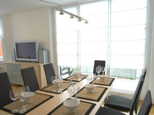 TRADE FAIR WITHIN WALKING DISTANCE! - Munich - Apartment