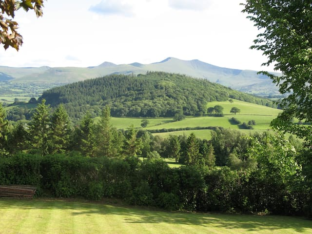 Far Cottage Bed and Breakfast - Brecon - Penzion (B&B)
