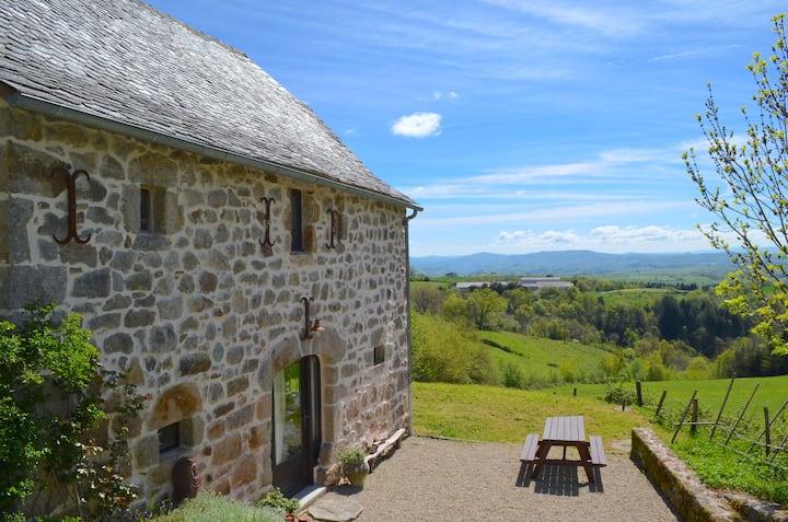 Maison de campagne panoramique Nord Aveyron