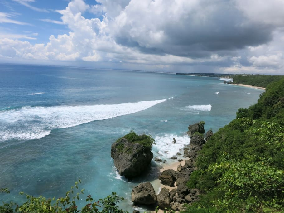 The view along the coastline is quite good.  You can see the reef, the stretch of white sand on a secret beach.