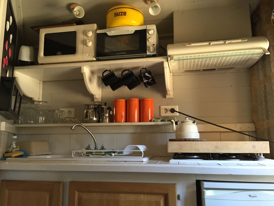 Fully equipped cute kitchen