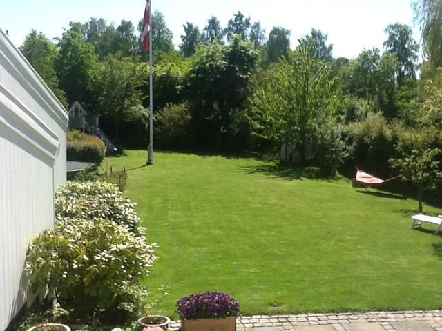 Villa i det rolige mondæne Rungsted - Rungsted Kyst - Villa