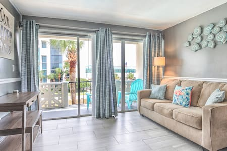 Studio Condo Across from the Beach!