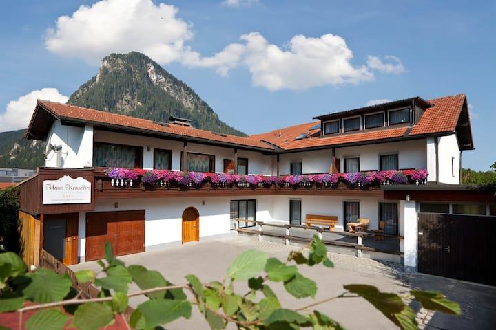 Ferienwohnungen Haus Kornelia (adult only) - Pfronten - Condominium