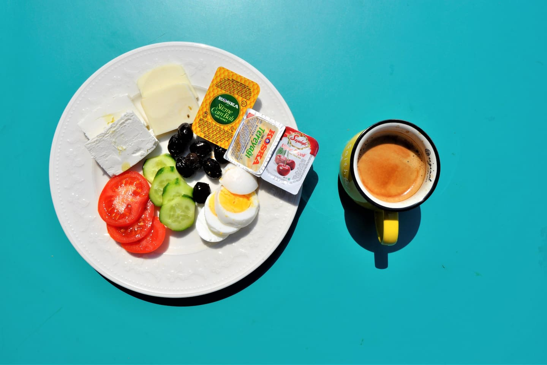 Free Breakfast & Wi-Fi +Air Conditioner & Sea View