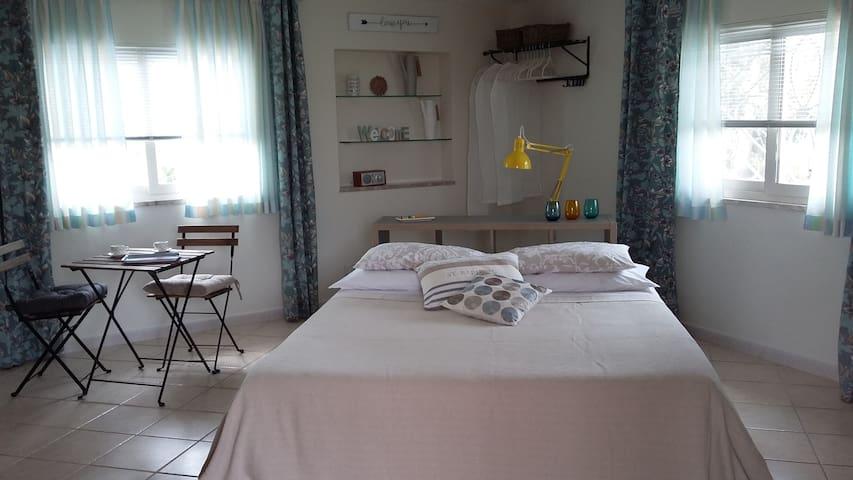 "Elysian Fields House: ""Tweety"" double room - San Felice Circeo - Pis"