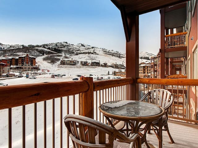 5 star Resort Condo at Ski Village - Ski-in & Out - Park City - Villa
