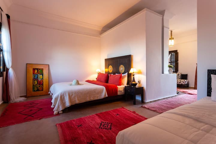 Marrakech, Suite 3 people. South pool!