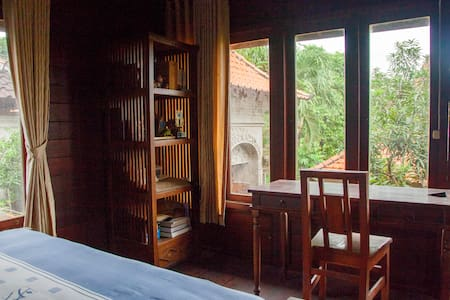 Balinese Wood House, Near Keramas Beach