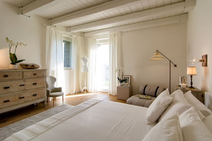 B&B CasaVostra - Suite 01 - Ostra Vetere - Bed & Breakfast