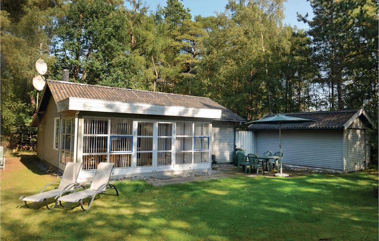 Holiday cottage with 3 bedrooms on 75m² in Væggerløse