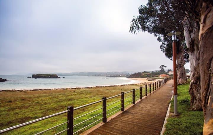 * LA ISLA Casa a 50 m de playa   hasta 7 personas