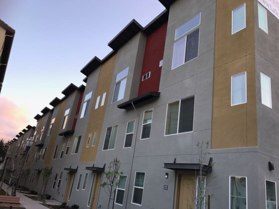 Brand new townhome right next to BART! 19 min to downtown SF.